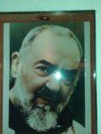 """Santo del día: San Pìo de Pietrelcina """"El santo de los estigmas""""  El único sacerdote que recibió las heridas visibles de Cristo"""