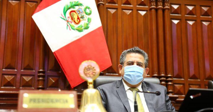 Presidente del Congreso  Manuel Merino rechaza imputaciones de complot, pide disculpas a las FFAA y presentan una Moción de Censura en su contra
