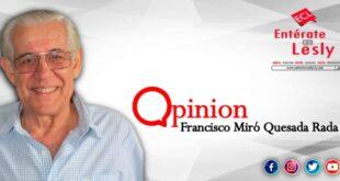 Columnista Francisco Miró Quesada Rada